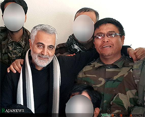 شهید توسلی فرمانده تیپ فاطمیون در کنار حاج قاسم سلیمانی