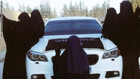 دختران جوان با این عکس ها فریب داعش را میخورند