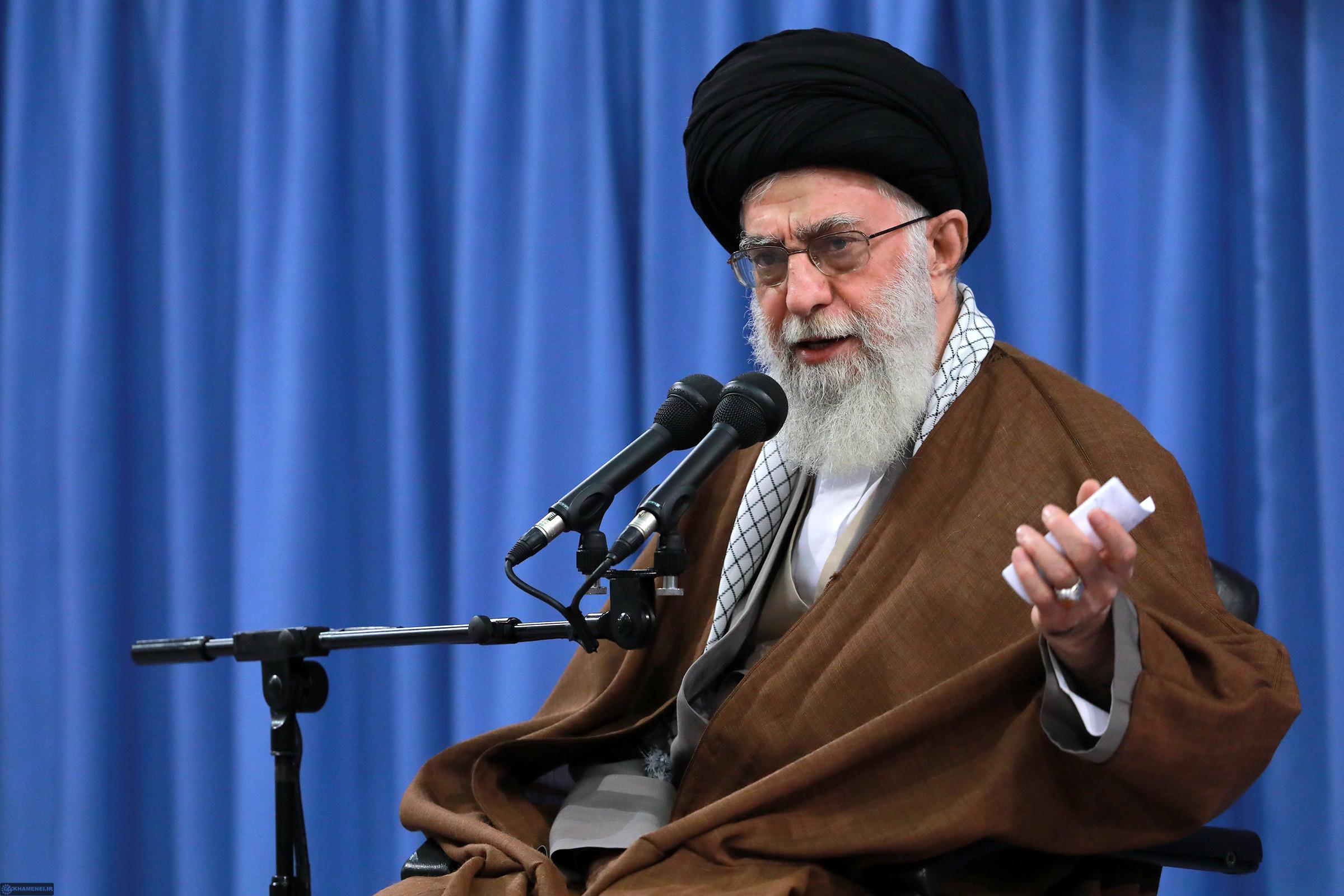 دانلود فیلم واکنش رهبر انقلاب به حوادث تظاهرات و شورش در ایران