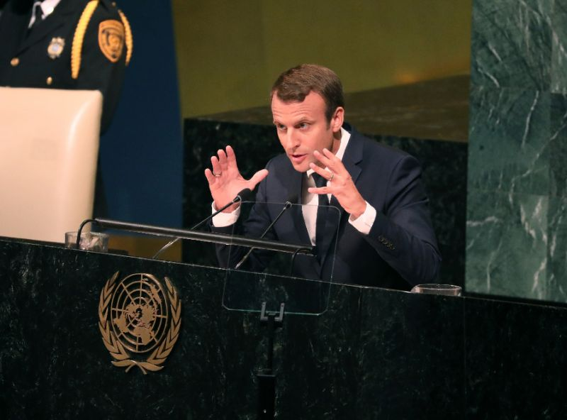 چشم انداز رئیس جمهور فرانسه برای  مذاکرات هستهای جدید با ایران بعد از سال ۲۰۲۵/ ماکرون:  امیدوارم بتوانیم بر روی محدود کردن برنامه موشکهای بالستیک ایران هم کار کنیم