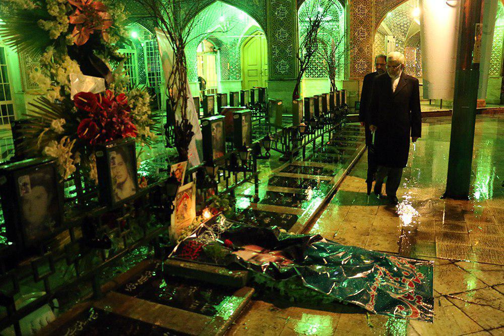 امنیت شهرهای ایران و خیابان های تهران مدیون شهید حججی ها و حدادیان هاست/