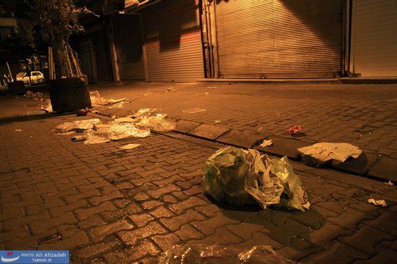 نتیجه تصویری برای ریختن اشغال  در خیابان ها در ایران