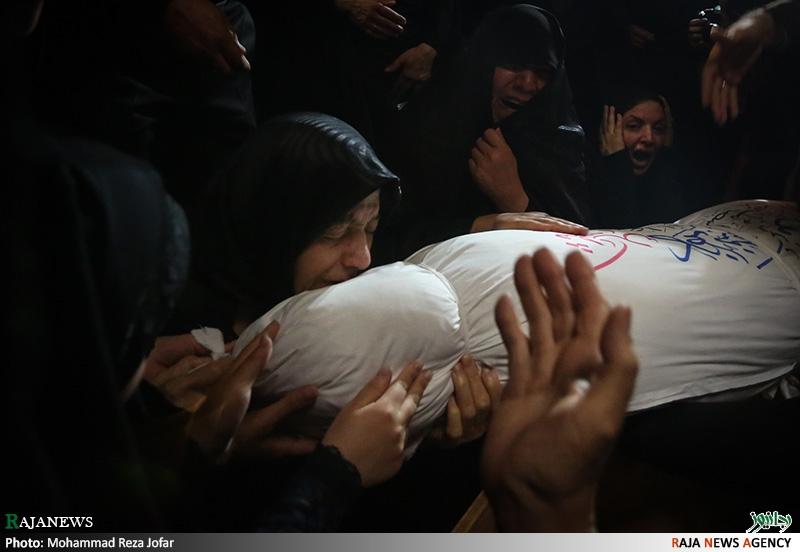 عکس: بازگشت شهیدی به آغوش مادر پس از ۳۳ سال