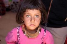 یک دختر شش سالۀ ایزدی، ماجرای بمب ساختنش برای داعش را فاش کرد.