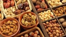 یک متخصص تغذیه از چگونگی تست سریع و به موقع آجیل تقلبی از سالم برای خرید در ایام نوروز خبر داد.