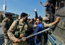 نقض حقوق بشر در کشمیر توسط هند این روزها شدت بیشتری گرفته و با وجود هشدارهای مجامع جهانی هند به سیاستهای خصمانه خود ادامه میدهد.