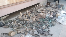 فرمانده انتظامی مرودشت از کشف ۵ قطعه ظروف عتیقه و زیر خاکی با قدمت چند هزار سال در آن شهرستان خبرداد.