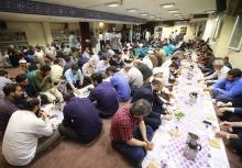 نهمین مراسم افطاری فعالان جبهه فرهنگی انقلاب اسلامی شب گذشته با حضور چهرههای سرشناس این عرصه در حسینیه هنر برگزار شد.