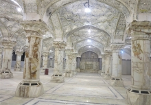 طرح توسعه صحن حضرت زهرا(س) حرم امیرالمؤمنین(ع) در بخش زیارتی در حال تکمیل است.