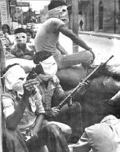 از بهار سال 1358 تا آغاز جنگ تحمیلی انفجارهای پیایی در نقاط مختلف اهواز، آبادان و خرمشهر آرامش را از مردم سلب کرد. عامل اصلی این ناآرامیها چند گروهک فتنهگر بودند که با حمایت دول غربی و عربی،اهداف تجزیهطلبانه را پی گیری میکردند
