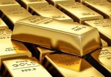 این گزارشی است از کوههایی از طلا در جنوب و شرق تهران که نه اجازه عکسگرفتن از آن را داشتیم و نه انتشار محل دقیقشان را؛ کوههایی که تقریباً بخش عمده آنها دستنخورده از کشور خارج شده و به ترکیه، پاکستان، چین و حتی آلمان میرود.