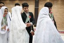 جای بسی تأسف دارد که فراکسیون زنان مجلس بدون بررسی کارشناسی ازدواج های پایدار با ایجاد محدودیت سنی، مقدمات بحران خاموش افزایش سن ازدواج و پیری جمعیت را فراهم میکنند.