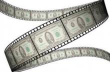 بنابراین از آقای تنابنده باید پرسید که آیا دزدیدن مال مردم و پولشویی توسط سینما کار درستی است؟ آیا مراجع قانونی نباید به این مسائل ورود کنند و جلوی این گونه مفاسد اقتصادی را بگیرند؟ آیا رشد صنعت سینما به واسطهی زدن جیب مردم، اتفاق مبارکی برای هنر محسوب میشود؟