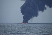منابع خبری از حمله به ۲ نفتکش در دریای عمان خبر داده اند.