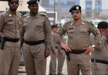 پلیس عربستان سعودی به منظور متفرق کردن کارگران معترض ترک٬ به سوی آنان تیراندازی کرد.