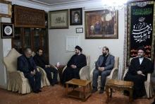 رئیس جریان حکمت ملی عراق صبح امروز با حضور در منزل سپهبد شهید سردار قاسم سلیمانی با خانواده این شهید دیدار کرد.