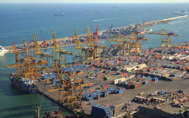 محمد علی مهری کارشناس حوزه تحریم: کشورهای همسایه ایران سالانه هزار میلیارد دلار واردات دارند و سهم ایران از این بازار، فقط 20 میلیارد دلار است!