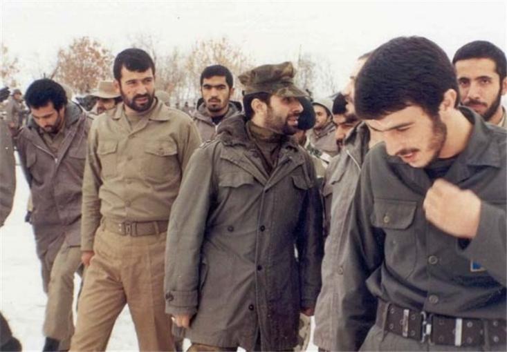 خیلیها صیاد را با عملیات مرصاد میشناسند. اما باید گفت جهاد صیاد شیرازی در راه اعتقادات و دفاع از تمامیت ارضی ایران، در سالهای پایانی دهه پنجاه و با حضور در منطقه غرب کشور آغاز شد.