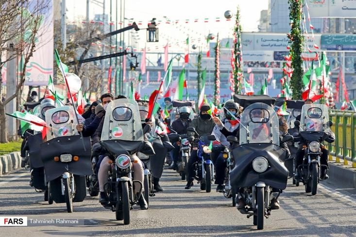 چهل و دومین سالروز پیروزی انقلاب اسلامی ایران، در سراسر کشور با حضور مردم به صورت موتوری و خودرویی برگزار شد.