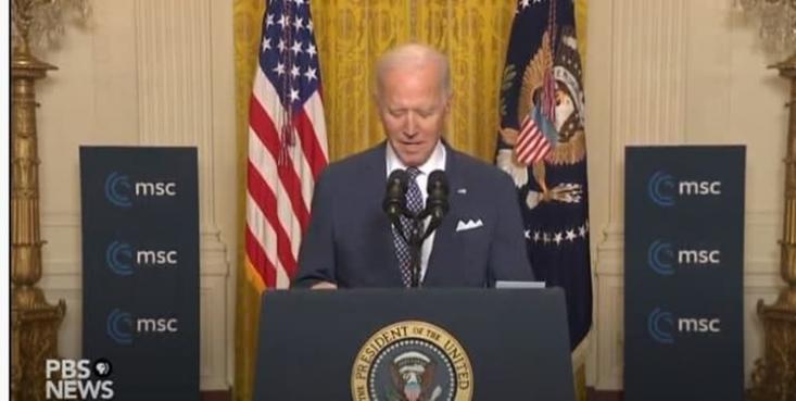 رئیس جمهور آمریکا گفت: «چالشهای ما با روسیه با چالشهایمان با چین تفاوت دارد، اما همان قدر واقعی است و باید با همدیگر برای چالش درازمدت چین آماده شویم. مهم است مقابل زورگویی اقتصادی چین بایستیم».