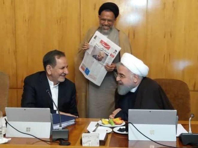 اقدامات دولت در راستای اجابت درخواستهای آژانس در کنار موضع وزیر اطلاعات مبنی بر امکان تغییر تصمیمات استراتژیک ایران تحت فشار خارجی مانند دو لبهی یک قیچی عمل کرده و  نتیجهای جز افزایش فشارهای سیاسی و اجماع علیه ایران ندارد.
