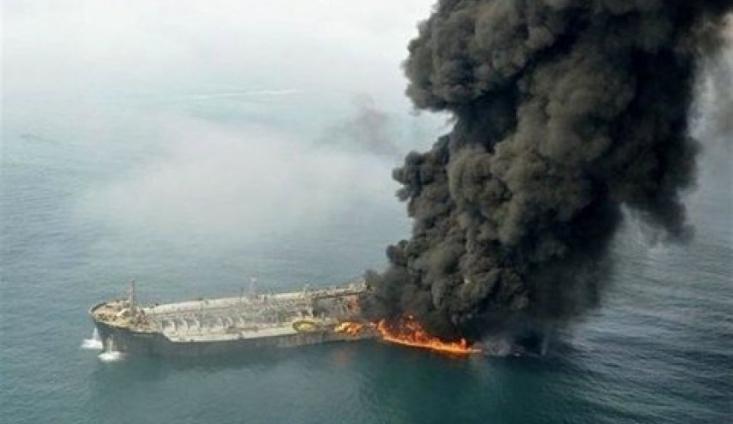 برخی منابع در گفتوگو با شبکه خبری العالم از هدف قرار گرفتن کشتی اسرائیلی نزدیک ساحل فجیره خبر دادند.
