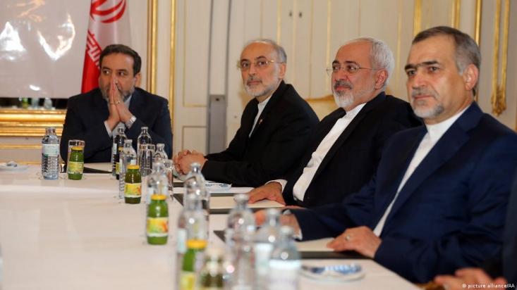 دولت روحانی در جایگاه طلبکار قرار دارد و خواهان لغو همه تحریم هاست، با این وجود از مواضع خود کوتاه آمده و گفتوگو را پذیرفته است. اما طرف مقابل به جای اعتمادسازی و جبران اشتباهات گذشته به اقدامات تروریستی و تحریم ری آورده است.