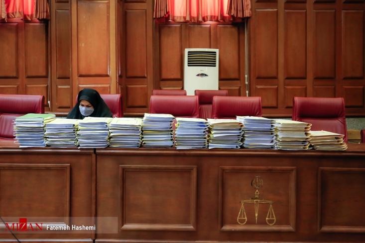 نخستین جلسه رسیدگی به اتهامات حسن میرکاظمی معروف به حسن رعیت و سایر متهمان به ریاست قاضی بابایی برگزار شد.