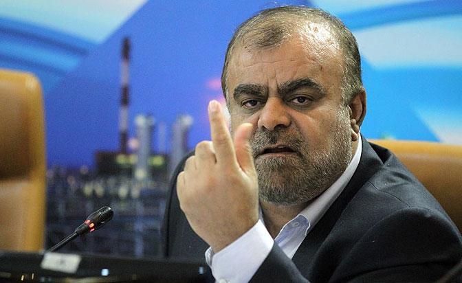 وزیر سابق نفت گفت: در دیداری که شخصاً با وزیر نفت هند داشتم در مورد صادرات گاز به هند مذاکره کردیم. این مقام مسئول هندی اعلام کرد که شما گاز را به پاکستان برسانید و بعد ما زمینههای رسیدن گاز ایران به هند را فراهم میکنیم.