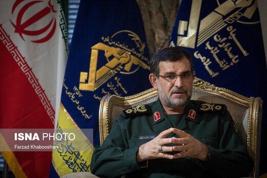 فرمانده نیروی دریایی سپاه گفت: نیروهای سپاه و ارتش مقتدرانه هرگونه حرکت دشمن و ناوهای ورودی به آبهای خلیج فارس را رصد و کنترل میکنند.