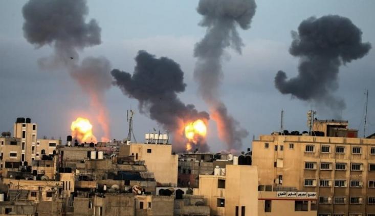سخنگوی ارتش رژیم صهیونیستی درباره حجم و شدت درگیریها میان ارتش این رژیم با مقاومت فلسطین ادعا کرد که بدون شک حداقل تا دو روز آینده آتش بسی در کار نخواهد بود!