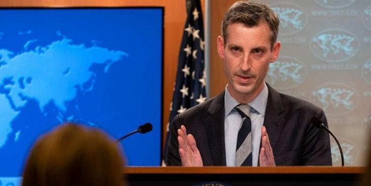سخنگوی وزارت امور خارجه آمریکا گفت، لغو تحریمها علیه چند مقام سابق و شرکت ایرانی روندی متداول در دولت آمریکا بوده و به برجام و مذاکرات وین ارتباطی ندارد.