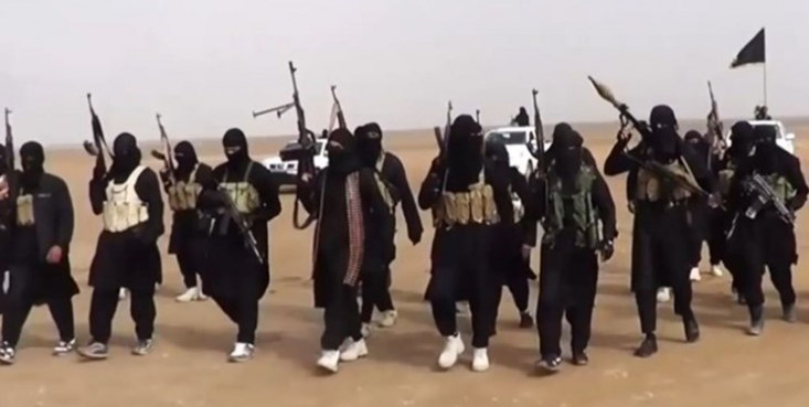 سخنگوی داعش در ادامه سخنان ضبط شده و ۳۸ دقیقهای خود به کشته شدن سرکرده بوکوحرام «ابوبکر شیکاو» واکنش نشان داد و گفت، کشته شدن «فتنه خوارج» را به شاخه داعش در غرب آفریقا تبریک میگوید.