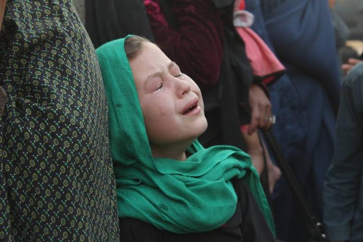 تاکید برخی رسانهها بر تصرف بدون خونریزی و کشتار و جنایت شهرها درحالی است که این اتفاق عمومیت نداشته و هر جا طالبان مقاومت مردمی را ببیند، حرف خود را از دهانهی سلاح به مردم تفهیم میکند.