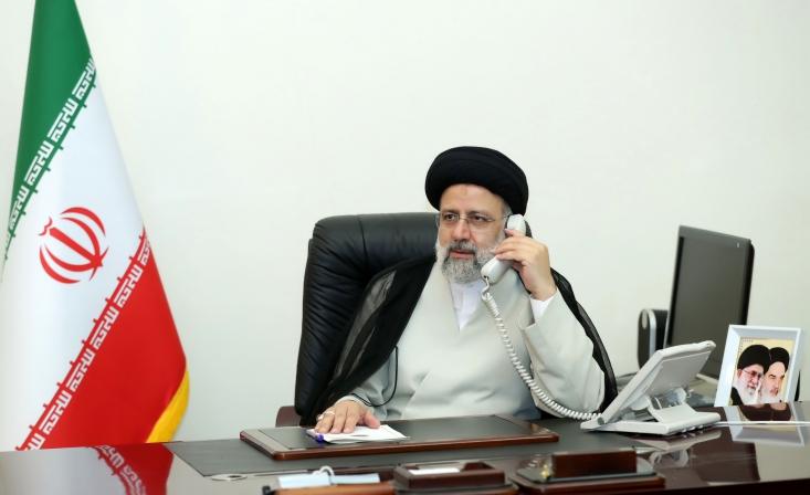 مکرون با بیان اینکه فرانسه همیشه تلاش کرده راه حلی برای ثبات در لبنان ارائه دهد، ابراز امیدواری کرد با همراهی ایران زمینه برای برقراری ثبات و حل مشکلات این کشور فراهم شود.