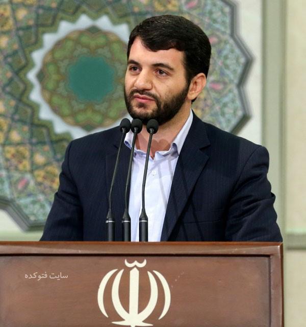 دکتر حجتالله عبدالملکی وزیر پیشنهادی تعاون، کار و رفاه اجتماعی برنامه خود را ارائه کرد.