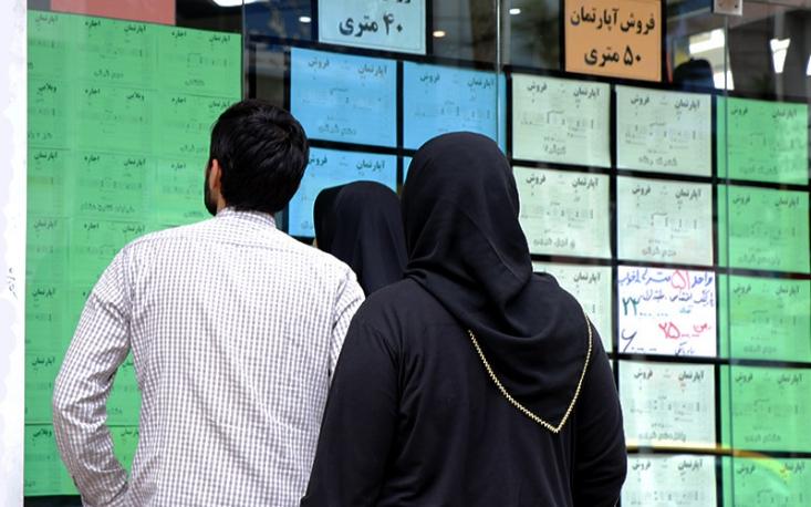 بررسیها نشان میدهد بی کفایتی و بی برنامگی دولت روحانیباعث شده تا مسکن اصلیترین بخش هزینه سبد خانوادهها را در برگیرد و کمر اقتصاد خانوارها را خم کند.
