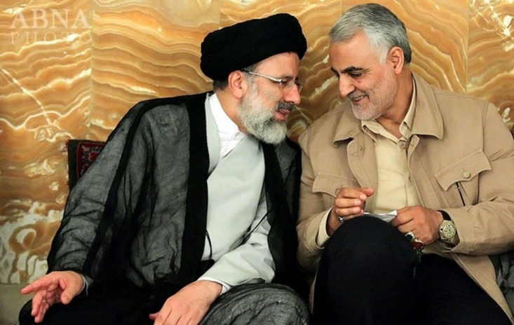 حضور مجاهدانه حاج قاسم سلیمانی و نیروهای مدافع حرم در منطقه به بازویی پرقدرت در حوزه دیپلماسی تبدیل شد و راه را برای همکاریهای منطقهای با کشورهای همسو فراهم کرد.