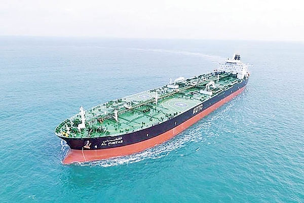 طبق گزارشهای رسمی موسسات معتبر خارجی جریان صادرات نفت ایران به چین نه تنها متوقف نشده بلکه نسبت به سال گذشته بیش از دو برابر افزایش یافته است.