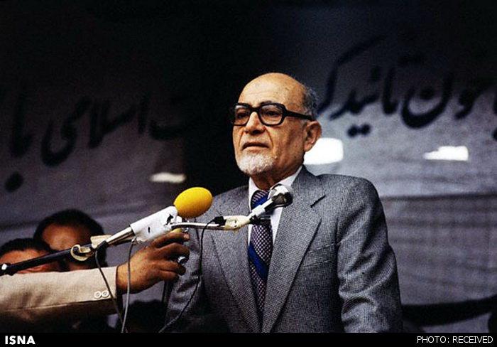 جریانی که بدون توجه به واقعیتهای میدانی و بر اساس خشمی که از بدنه انقلابیون دارد، پیوسته تلاش داشته تا به جای صدام و حامیان بینالمللی او، جمهوری اسلامی را مسئول آغاز جنگ معرفی کند.