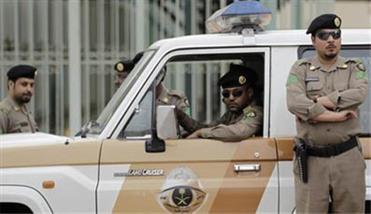 این تعرض به دو نوجوان ایرانی توسط دو مامور امنیتی وابسته به دولت سعودی شکل گرفته و احتمال برنامهریزی شده بودن این تعرض را افزایش داده است، این در حالی است که کمتر از یک  ماه پیش در اقدامی مشابه، ماموران امنیتی سعودی به بهانه بازرسی بدنی، اقدام به عریان نمودن کامل یکی از زائرین ایرانی در مبادی ورودی عربستان کردهاند که البته این خبر در رسانهها انتشار نیافته بود.