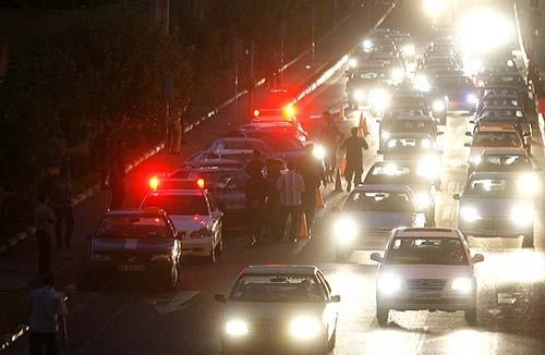 رئیس پلیس راهنمایی و رانندگی تهران بزرگ از تشدید طرح برخورد قانونی پلیس با رانندگان حادثه ساز خودروهای مدل بالا در پایتخت خبر داد.