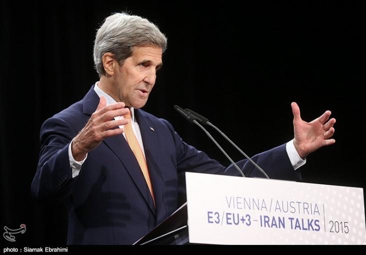 وزیر خارجه آمریکا در توضیح مرحله ای بودن اجرای توافق ادامه داد: بخشی از بندهای آن به مدت 10 سال اجرا می شود. برخی بندهای آن برای 15 سال اجرا می شود و بخشی از آن نیز برای 25 سال ادامه دارد و برخی بندها به ویژه بخش هایی که به شفاف سازی مربوط می شود به صورت دائم پابرجاست.