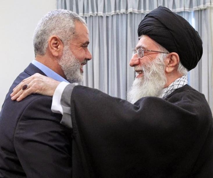 من جایگاه قدس و فلسطین را در قلوب مردم و رهبری ایران شناخته و درک میکنم. با این پیام از مردم ایران و ملتهای عربی و اسلامی در همه دنیا برای حمایت راهبردی از انتفاضه بزرگمان دعوت میکنم ، تا بواسطه این حمایت، انتفاضه ادامه و استمرار داشته باشد و بتواند با نقشهها مقابله کند، تا بتوانیم به اذن خداوند عز و جل، اهداف انتفاضه خود را در حمایت از قدس و مسجدالاقصی و توقف زیادهخواهی شهرک نشینان و آزادسازی سرزمین مقدسمان وآزادسازی انسانیت محقق کنیم.