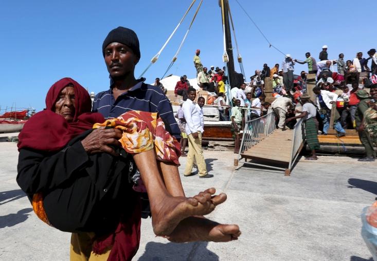 آوارگان یمنی در یکی از بنادر سومالی
