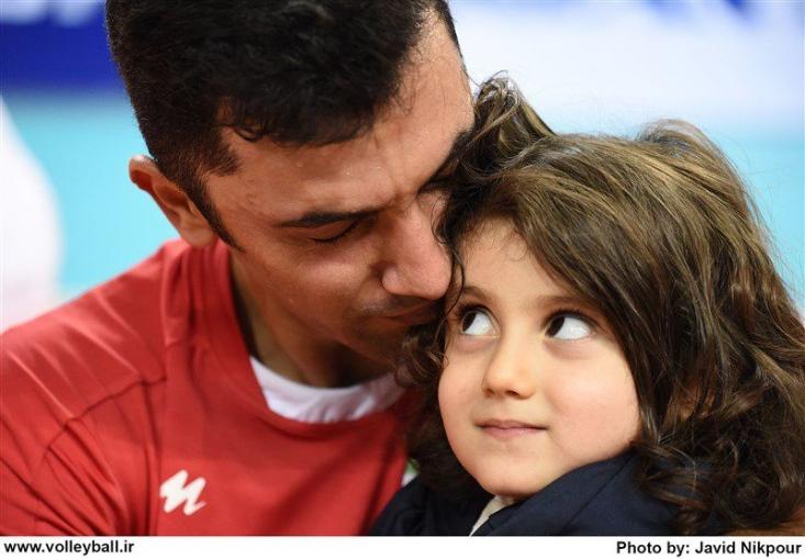 لیبرو با سابقه و محبوب والیبال ایران با از دست دادن شانس لمس رویای بازی در المپیک از مشکلاتی که در سال های اخیر به واسطه والیبال با آنها مواجه بود می گوید.