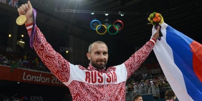 دریافت کننده تیم ملی والیبال روسیه تنها ورزشکاری خواهد بود که ششمین المپیک خود را در ریو تجربه می کند و مهم تر از همه اینکه او تا به حال 4 مدال از این بازی ها در ویترین افتخاراتش دارد.