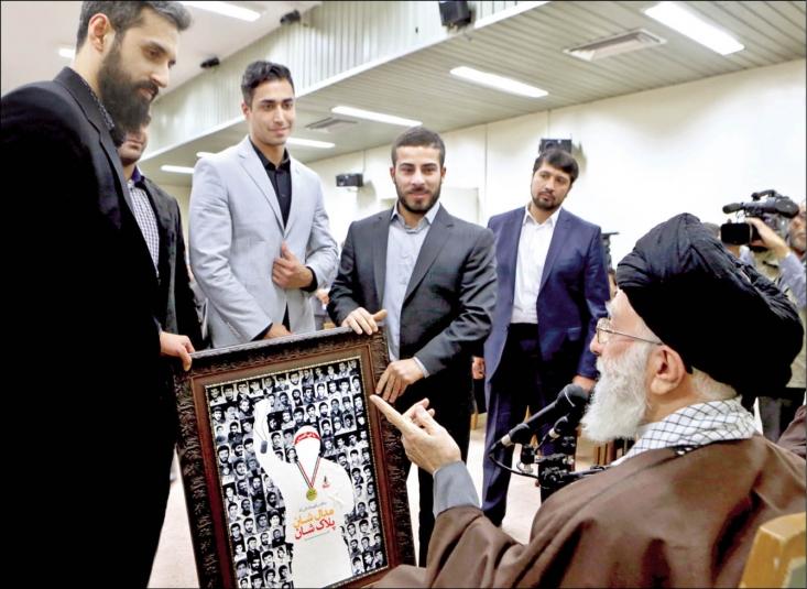 رهبر معظم انقلاب اسلامی در پیامی از قهرمانان مدالآور و همه ورزشکاران و مربیان پر تلاش کاروان ورزشی جمهوری اسلامی ایران در رقابتهای المپیک ۲۰۱۶ تشکر و قدردانی کردند.