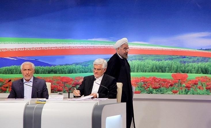 در شرایطی که کمتر از یک ماه تا آغاز مبارزات انتخاباتی باقی مانده است، کمیسیون بررسی تبلیغات ریاست جمهوری در وزارت کشور با پخش زنده مناظره ها مخالفت کرد تا گامی دیگر برای حمایت از روحانی در انتخابات برداشته شود.
