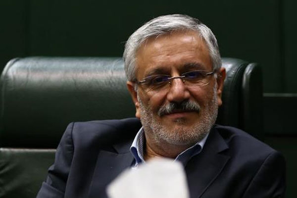 نماینده مردم شهرستانهای دماوند و فیروزکوه در مجلس شورای اسلامی بر اثر تصادف راهی بیمارستان تهران شد.